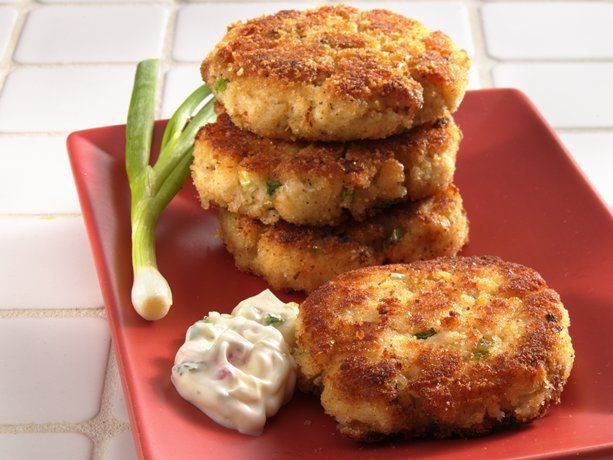 """Crab Cakes... 1/3 c. Mayo, 1 large Egg, 1 1/4 c. Soft Bread Crumbs, 1 tsp. Ground Mustard, 1/4 tsp. Salt, 1/4 tsp. Cayenne (opt), 1/8 tsp. Pepper, 2 T. chopped Green Onions, 18 oz can Crabmeat (well drained/cartilage removed & flaked), 1/4 c. Plain Bread Crumbs, 2 Tbsp. Vegetable Oil... Whisk mayo & egg. Add all but p.b.c. & oil. Form 6 patties (3"""" dia.). Bread w/plain bread crumbs. Heat oil over medium heat. Fry 10 min, til sides are gold & hot in center. Reduce heat if they brown too fast."""