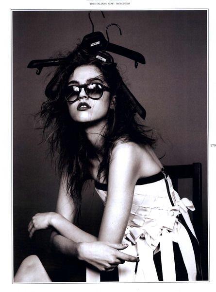 https://www.myfdb.com/editorials/97258/image/323081-wonderland-editorial-humour-february-march-2011-shot-8 My Fashion Database: Wonderland Editorial Humour, February/March 2011 Shot #fashion #photography #magazine #editorial #MYFDB