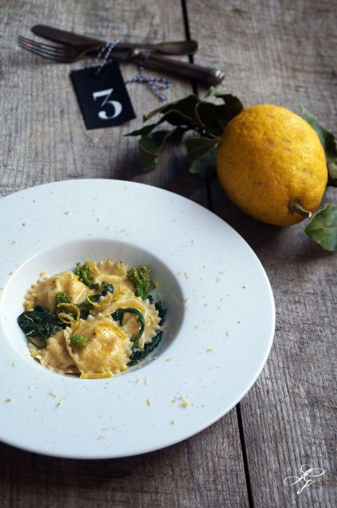 Ravioli alla burrata con cime di rapa, colatura di alici e cedro limone…Christmas Edition!