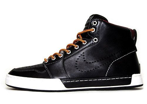 "Loving the Nike Air Royal Mid Quickstrike ""Hiking"" #nike #black #sneaker"