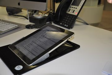 iRoom iPad Dock Deskmount Version