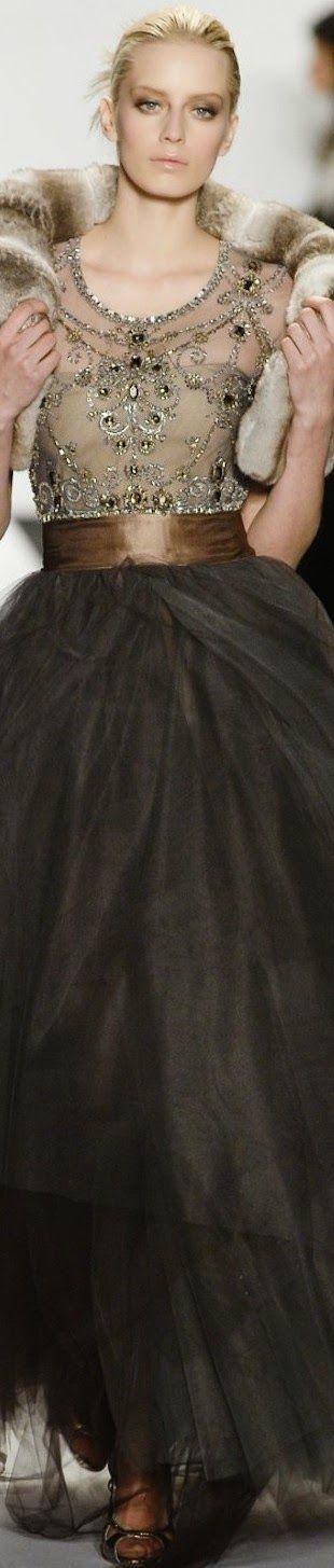 114 best Oscar De La Renta images on Pinterest | Beautiful gowns ...