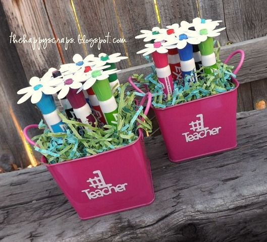 teacher appreciation gifts: Teacher Gifts, Expo Markers, Markers Bouquets, Gifts Ideas, Dry Erase Markers, Teacher Appreciation Gifts, Diy Gifts, Teachers, Markers Flower