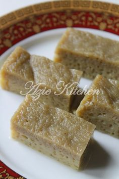 Azie Kitchen: Kuih Sekaya Telur Dalam Akhbar Utusan Malaysia