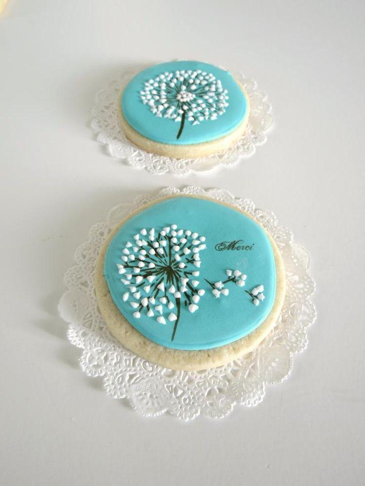 Round Dandelion Cookie | Cookie Connection