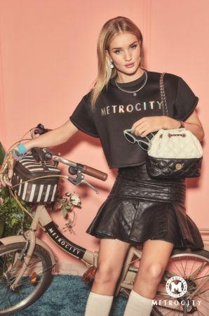 イタリア発ネオクラシックトータルファッションブランドMETROCITY(メトロシティ)が、ハリウッドスターのロ…