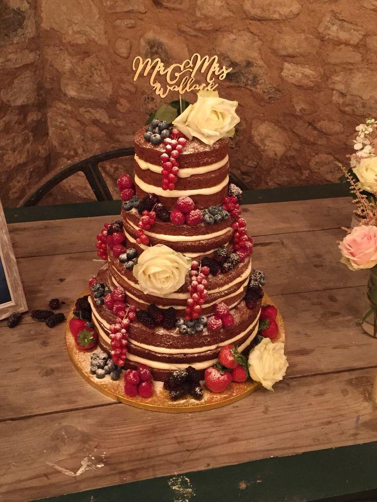 My gorgeous wedding cake #nakedcake #bombshellpro #caketopper #weddingcake #wedderburnbarns