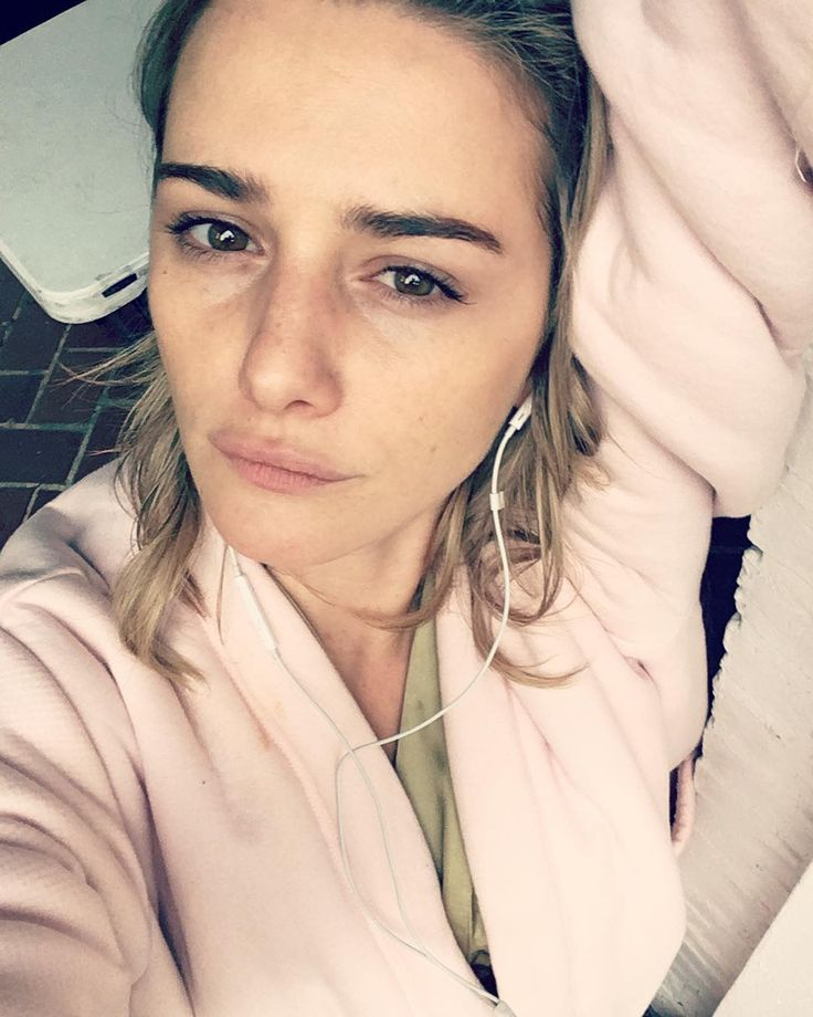 07 June 2017: Addison Timlin @addison.timlin Instagram  -  Das a wrap!