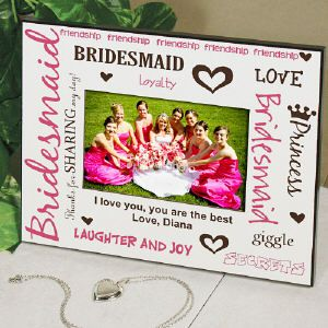 This trendy looking Personalized Bridesmaid Picture Frame is the ideal bridesmaid gift - Place a group photo inside and give one to each of your bridesmaids as a remembrance of their part in your wedding. #bridesmaid #gifts #weddings