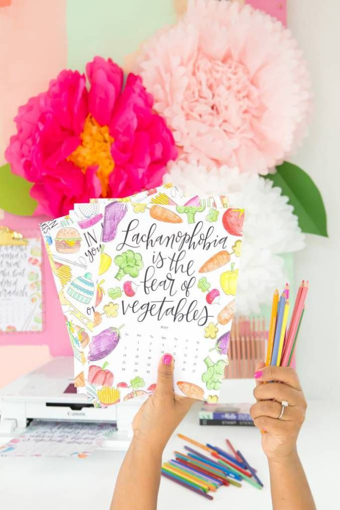 This printable coloring calendar from Damask Love features some of the most ridiculous facts ever. You\ll have fun coloring your way through the year as you learn these silly facts. Not into colori…