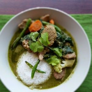 Check out this authentic, easy Thai green curry recipe at http://theeclecticist.co.za/thai-green-curry/