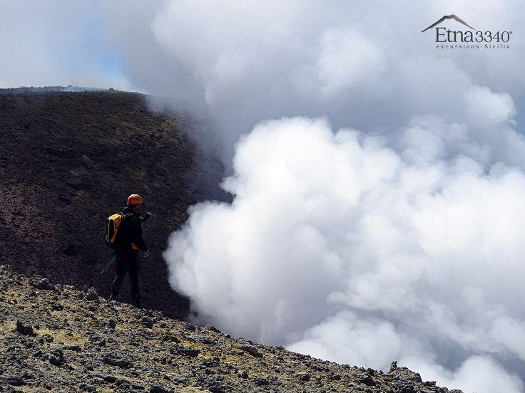 Amazing fumarole at the summit of Volcano Etna... 🌋   #vulcanoetna #excursionetna #sicileetna #etna3340 #visiteetna  #naturelovers #naturehub #trip #travel #traveltheworld #destination #randonnee #aventure #paysage #tourdumonde  #backpacker #backpacking #traveling #backpackerlife #backpackingdream #wonderoftheworld #traveler #volcanotour #mountain #volcano #nature #sicily #sicile