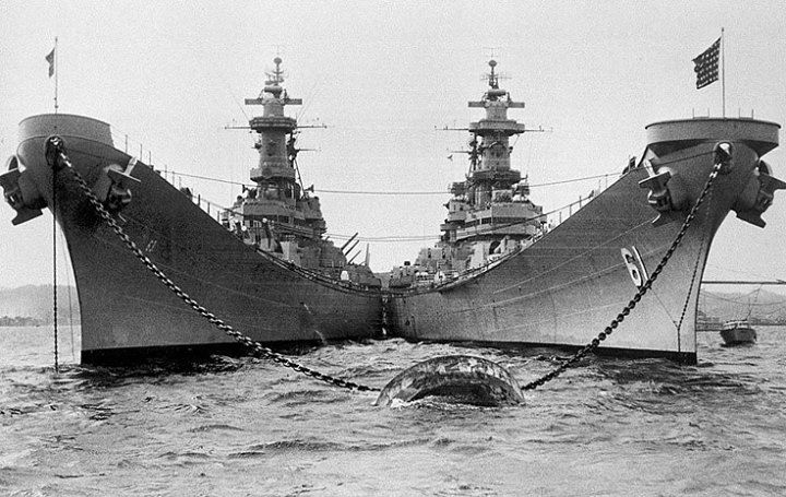 USS Missouri (left) and USS Iowa anchored in Tokyo Bay