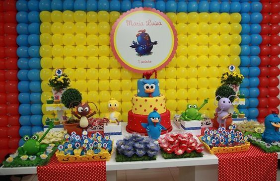 mesa de postres cumple gallina pintadita (3)   Curso de organizacion de hogar aprenda a ser organizado en poco tiempo
