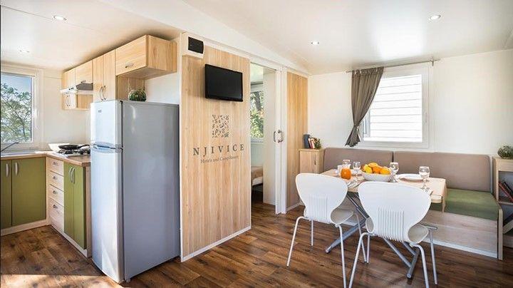 keuken stacaravan | Stacaravan keuken met woonkamer