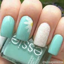 Cute flower nail art!!!!!