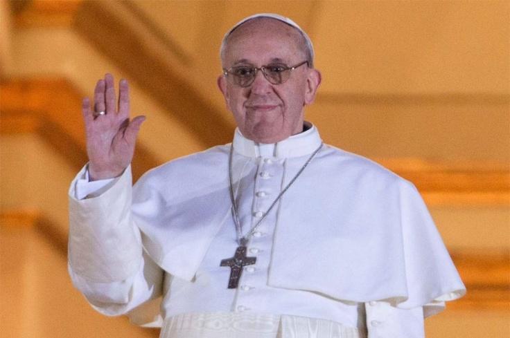 Él es Jorge Bergoglio, el nuevo papa  El cardenal primado de Argentina, Jorge Bergoglio, fue nombrado nuevo papa y se llamará Francisco I.