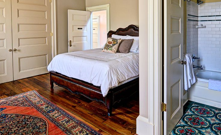 Fort Conde Inn, Mobile, Alabama | 7 Amazingly Affordable Luxury Inns Under $150