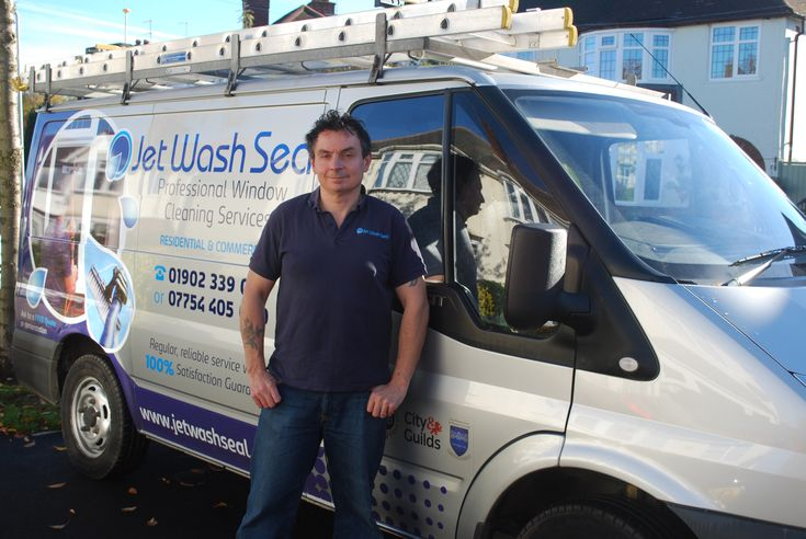 Local window washing service carried out by our professional Wolverhampton window cleaners. Are you looking for a regular reliable and trustworthy professional window cleaning service?
