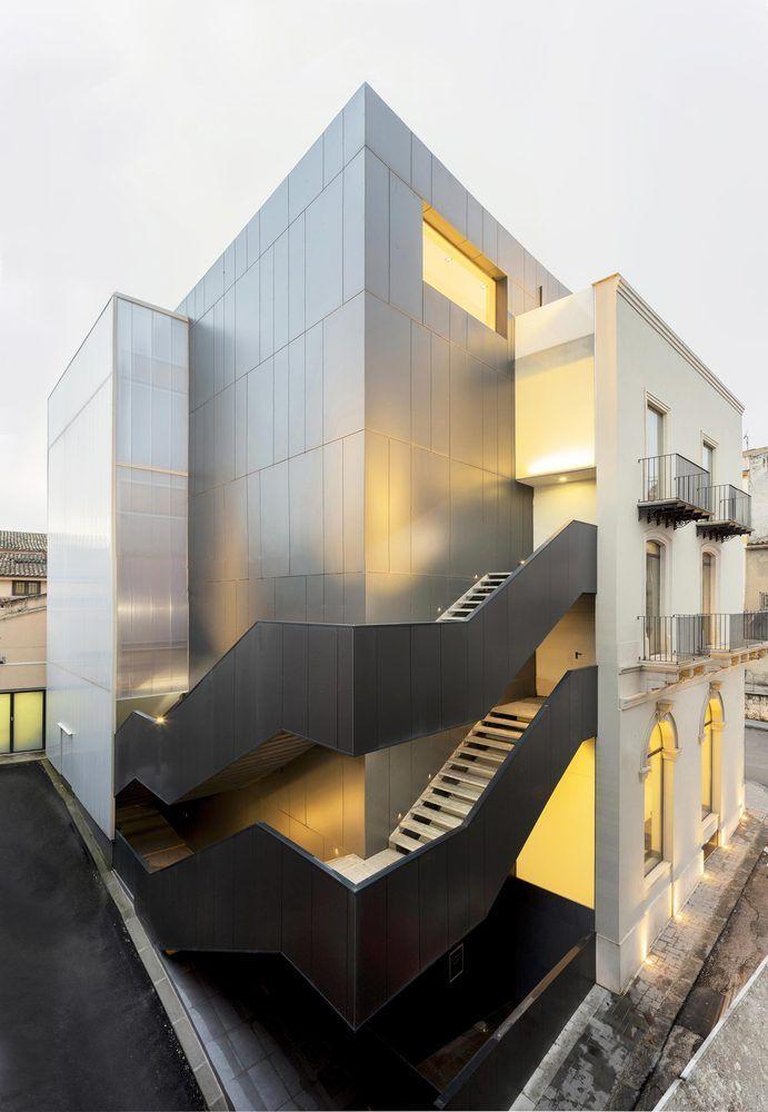 """Gallery of Banca di Credito Cooperativo """"G. Toniolo"""" Auditorium / FABBRICANOVE Architetti - 1"""