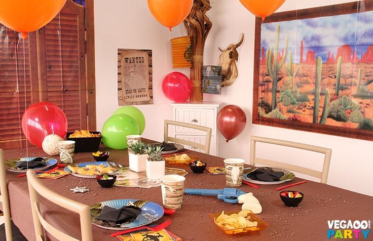 table soir e western d coration festive vegaoo party produits pour f tes noel nouvel an. Black Bedroom Furniture Sets. Home Design Ideas