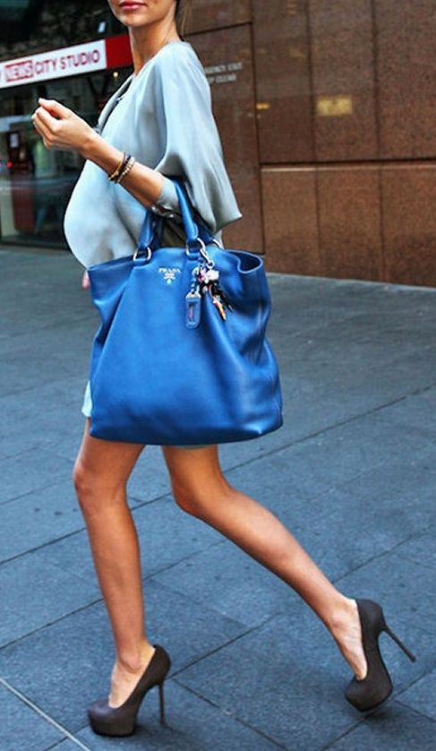 Blue Prada bag - cute!