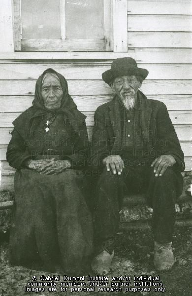 Mr. and Mrs. J. Bottineau, Willow Bunch, SK. n.d. A Métis commercial buffalo hunter and his wife in earlier times, JE. THE VIRTUAL MUSEUM OF MÉTIS HISTORY AND CULTURE.