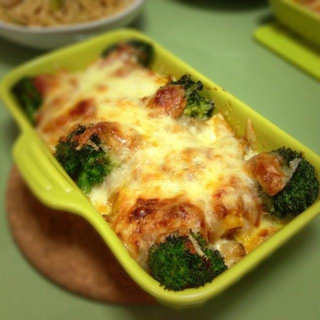チーズの焦げたトコって美味しい(*´ω`*) - 5件のもぐもぐ - ポテトミートグラタン。 by usaG