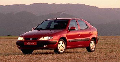 11 de Septiembre de 1997.Lanzamiento del Citroën Xsara  Llegada de un nuevo modelo a la gama entre el Saxo (3,72 m) y el Xantia (4,52 m): el Citroën Xsara (4,17 m). Símbolo de una nueva generación alto de gama del coche medio, el Xsara demuestra el avance de la Marca en materia de confort, de seguridad y de comportamiento rutero.