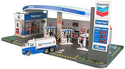 Play Sets 177918: Daron Chevron Gas Station Playset -> BUY IT NOW ONLY: $30.18 on eBay!