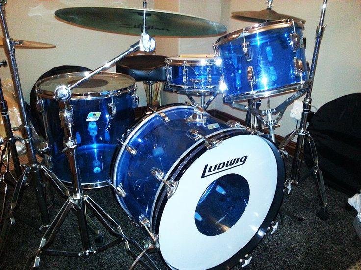 Custom Drum-set painted by PAZ.