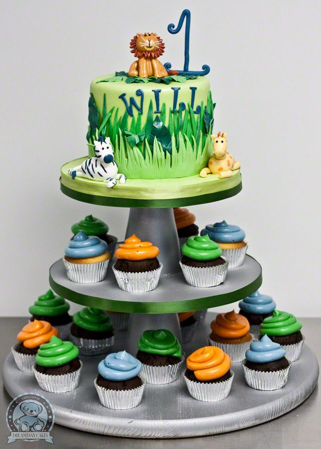 Birthday Cake Ideas Jungle Theme : 17 Best ideas about Jungle Birthday Cakes on Pinterest ...