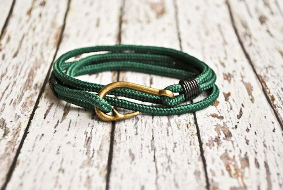 Green fish hook mens paracord bracelet  by CristinaHandmade