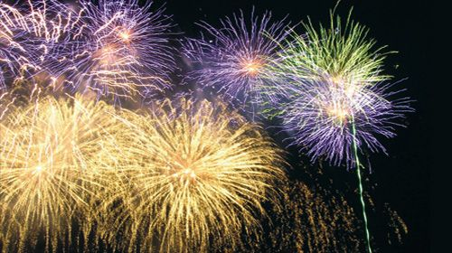 Check out this lineup of local fireworks shows! Thank you to 1030 KMAS for the post and for being the emcee at our annual oyster-eating contest with Hama Hama Oysters! We'll see everyone on Thursday. #hoodcanal #independenceday #thunderonthecanal #summer2015  #fireworks2015