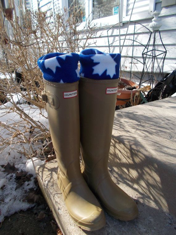 Fleece Rain Boot Liner Blue and White Maple Leaf Go by Bluebird58 https://www.etsy.com/shop/Bluebird58?ref=hdr_shop_menu