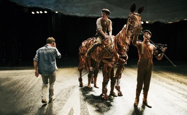 Teatterin taikakaupunki | Mondo.fi