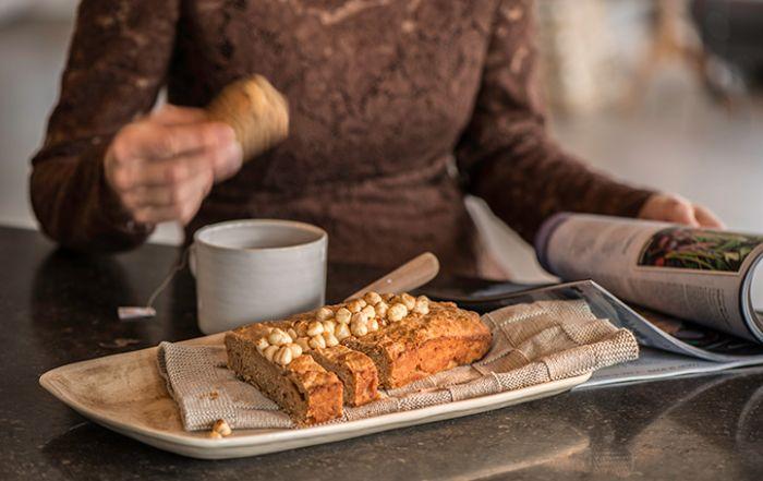 Recept: Sinaasappel honingcake met hazelnoot | Eet Puur