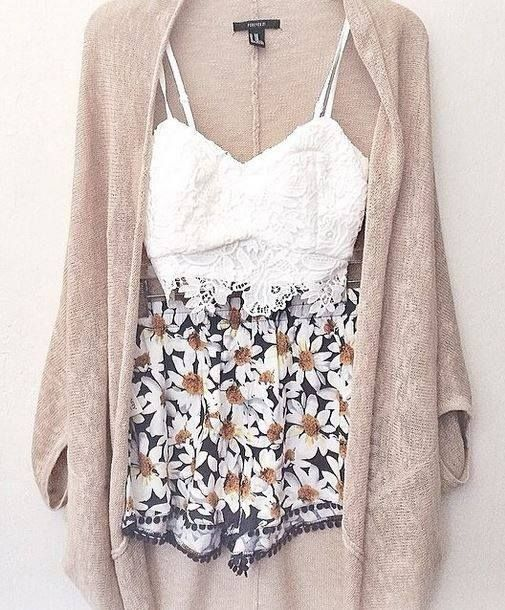 Lace crop top with floral shorts. A nude cardigan to finish off the outfit