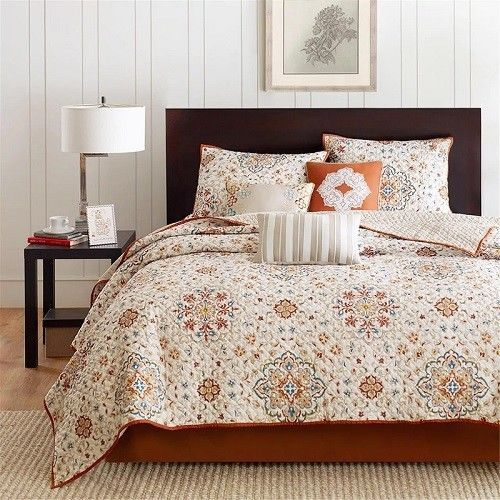 Queen Size Quilt Set 6 Pieces Reversible Rustic Orange Floral Pattern Bedding #QueenSizeQuiltSet #Country