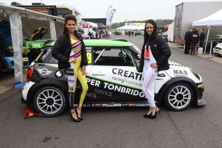 Mini Challenge 2016 - Silverstone - http://grid-girls.co.uk/mini-challenge-2016-silverstone/