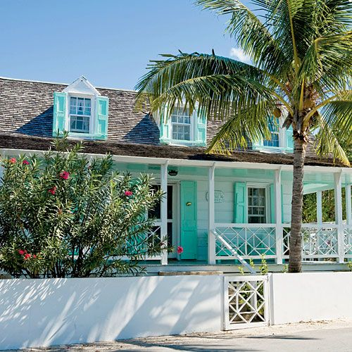 Harbor landing Bahamas cottage