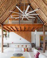 Diseño de moderna casa de playa hecha de madera, bambú y paja [Fotos] | Construye Hogar
