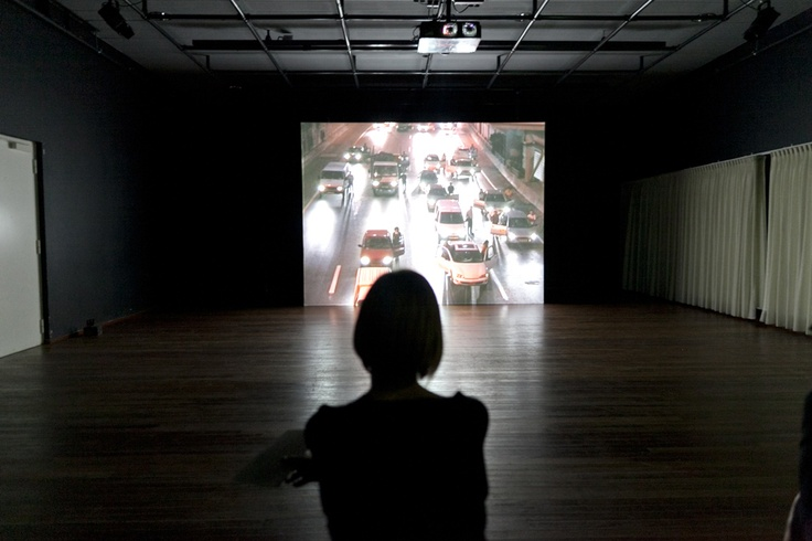 Trembling Time (2001) van Yael Bartana tijdens de Cultuurnacht Almere 2011. © Jordi Huisman, Museum De Paviljoens