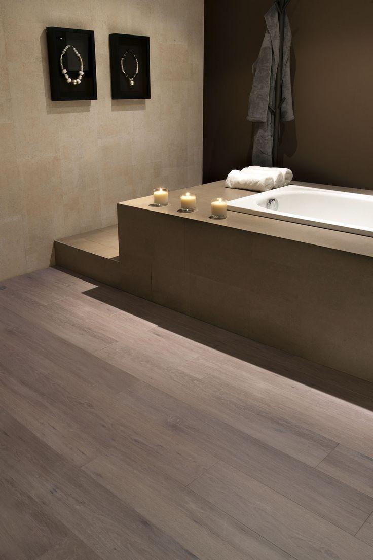 Heb je overal parket liggen? Kies dan voor een kurken badkamervloer met de looks van écht parket. #kurk #vloer #badkamer