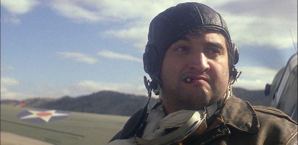 """""""Ponte dos Espiões"""" retoma obsessão de Spielberg pela guerra; relembre #Ator, #Bilheteria, #Cinema, #Diretor, #Filme, #Fotos, #Fox, #Globo, #Guerra, #Hoje, #Hollywood, #Judia, #Mundo, #Novo, #Oscar, #Sucesso, #True, #Warner http://popzone.tv/2015/10/ponte-dos-espioes-retoma-obsessao-de-spielberg-pela-guerra-relembre/"""