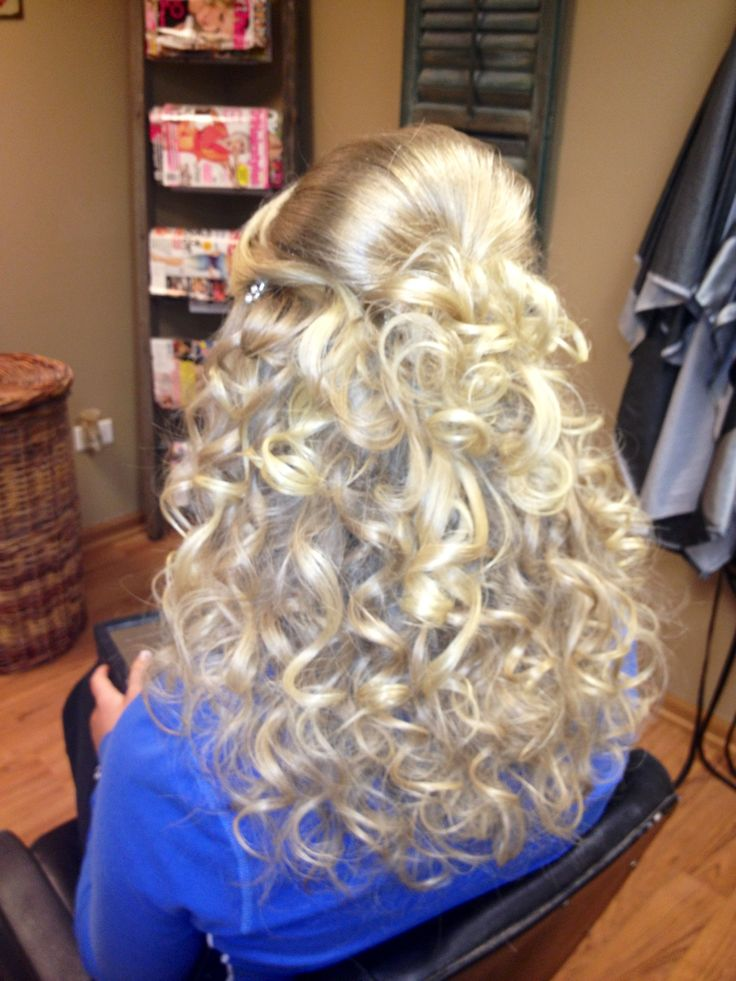 Curly prom hair! Love it!!