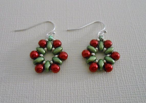 Bead Woven Christmas Wreath Earrings by SLeeKBeadedJewelry on Etsy