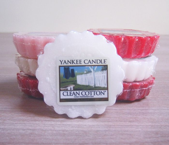 Yankee Candles, Tarts or Candles (clean smell)