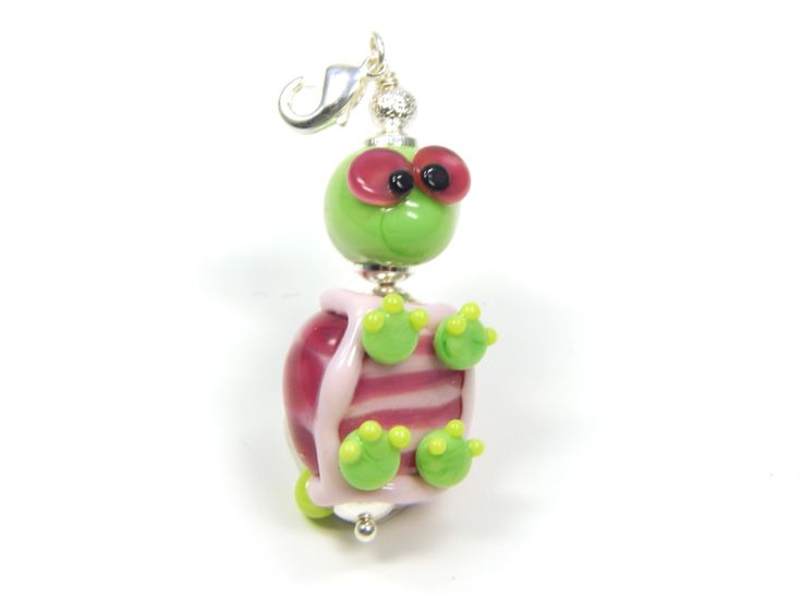Lampwork turtle pendant - pinned by pin4etsy.com