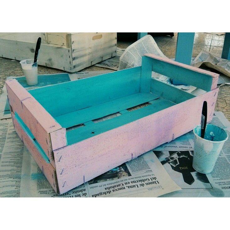Caja fruta con chalk paint casera